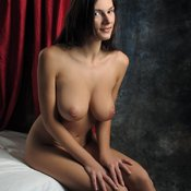 Anita Queen - beautiful lady with big natural breast pic
