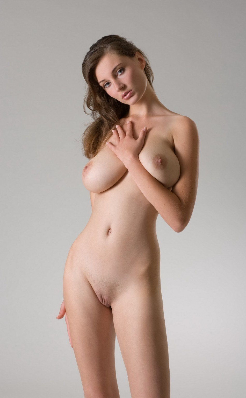 Фото большая обвисшая грудь 24 фотография