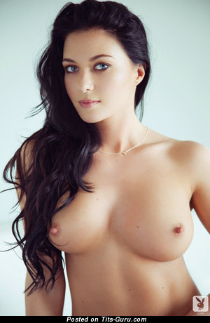 Image. Elena Romanova - naked brunette with medium tittys image