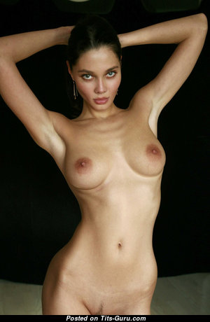 Superb Babe with Superb Nude Real Tittys (Hd Sexual Photo)