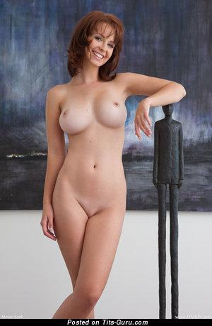 Изображение. Hayden Winters - фото шикарной модели топлесс с средними натуральными сиськами