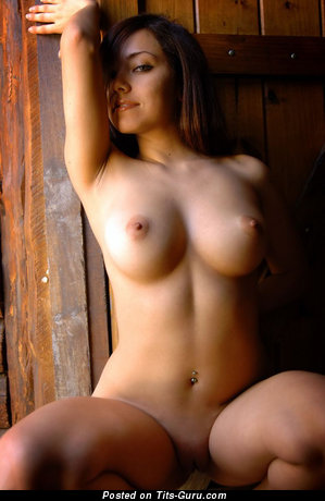 Image. Naked nice female with big tittys pic
