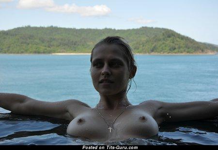 Teresa Palmer - Yummy Australian Blonde with Yummy Bald Natural Boobie (Hd Sex Photoshoot)