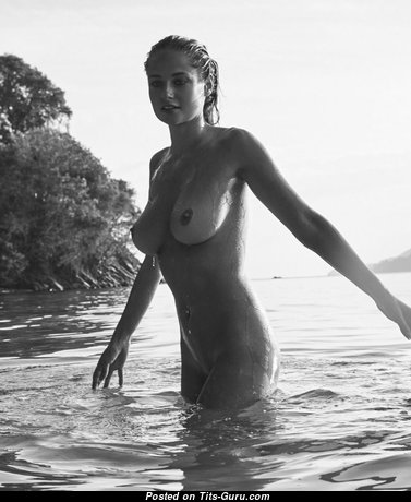 Genevieve Morton - Sweet Topless South African Blonde with Sweet Defenseless Natural Tight Jugs (Sexual Foto)
