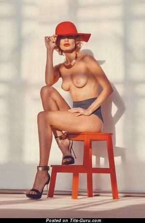Image. Oksana Chucha - sexy nude wonderful girl picture