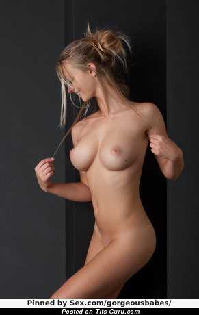 Image. Nude hot woman with medium boobies picture