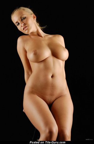 Image. Naked amazing woman with natural boobies pic