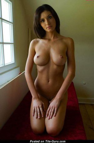 Image. Nude awesome girl with big natural tittes picture