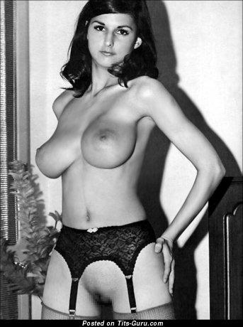 Image. Lilian Parker - naked blonde with natural tits vintage