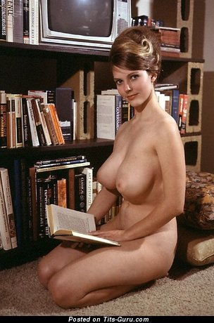 Rosemarie Hillcrest - naked wonderful lady with big natural boobs photo