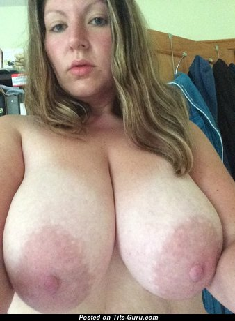 Mrssteph14 - Alluring Naked Bimbo (on Public Hd Sexual Picture)