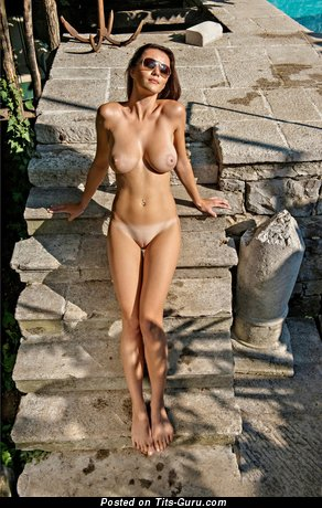 Image. Manja Dobrilovič - naked brunette with big natural boobs photo