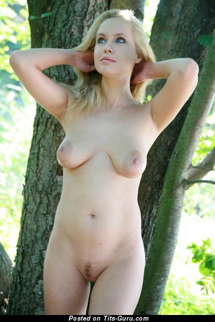 Koika - nude nice girl with natural breast and big nipples photo