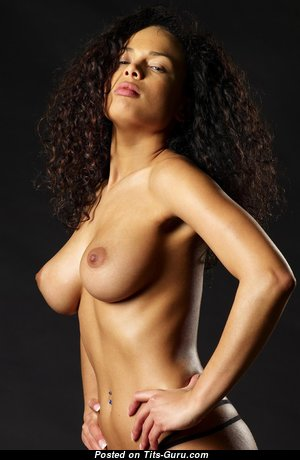 Sexy topless ebony brunette with big nipples pic
