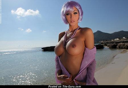 Holly: офигенная непрекрытая леди (hd секс фото)