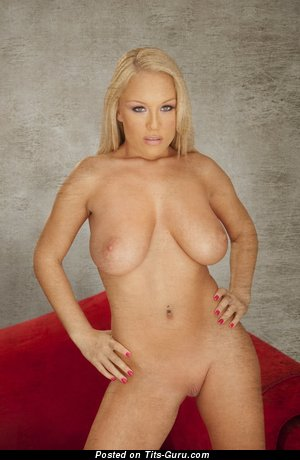 Image. Akissa - nude blonde with big natural tittys photo
