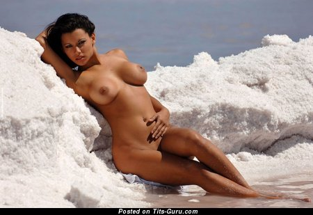Image. Amazing lady with big tittys picture