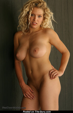 Justine_parker - Handsome Blonde Babe & Girlfriend with Handsome Exposed Real Med Boobs & Erect Nipples (Hd Porn Foto)