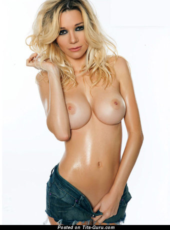 Micaela Breque: sexy naked blonde with medium tittys image