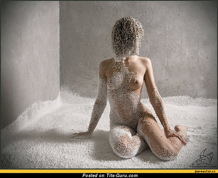 Image. Naked awesome lady with medium boob photo