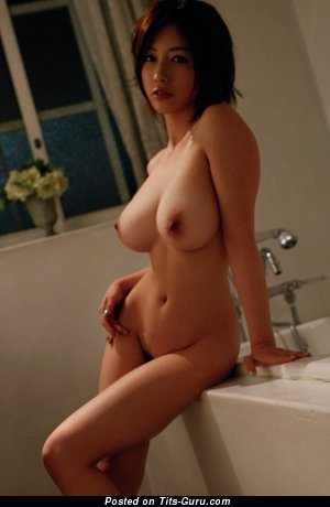 Image. Saki Okuda - naked asian with medium natural tittes photo