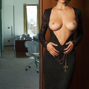 Юлия Андрощук - brunette with big natural breast picture