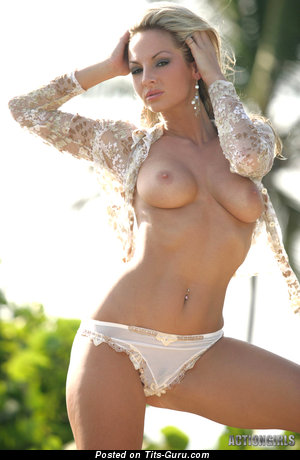 Image. Vanessa Cooper - sexy naked blonde with medium tits photo