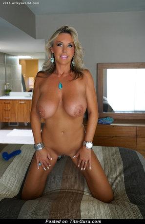 Image. Wifey - sexy nude blonde with big boobies photo