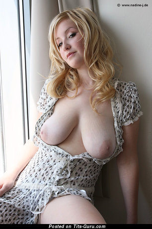 Image. Cindy - nude blonde with big natural tittys pic