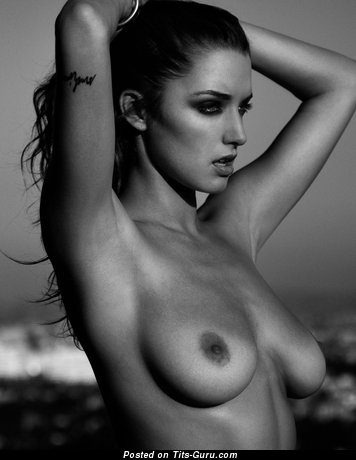 Alyssa Arce - sexy nude brunette with medium natural tittes picture