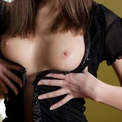 Awesome woman with medium natural breast pic