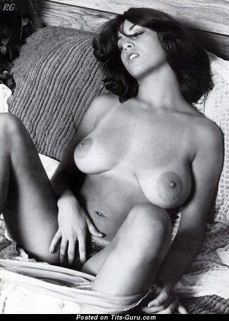 Изображение. Linda Gordon Aka Stephanie Platt - картинка офигенной голой тёлки с большой натуральной грудью