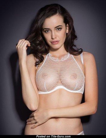 Sarah Stephens - Cute Australian Brunette Girlfriend with Stunning Bare Medium Jugs (Porn Photoshoot)