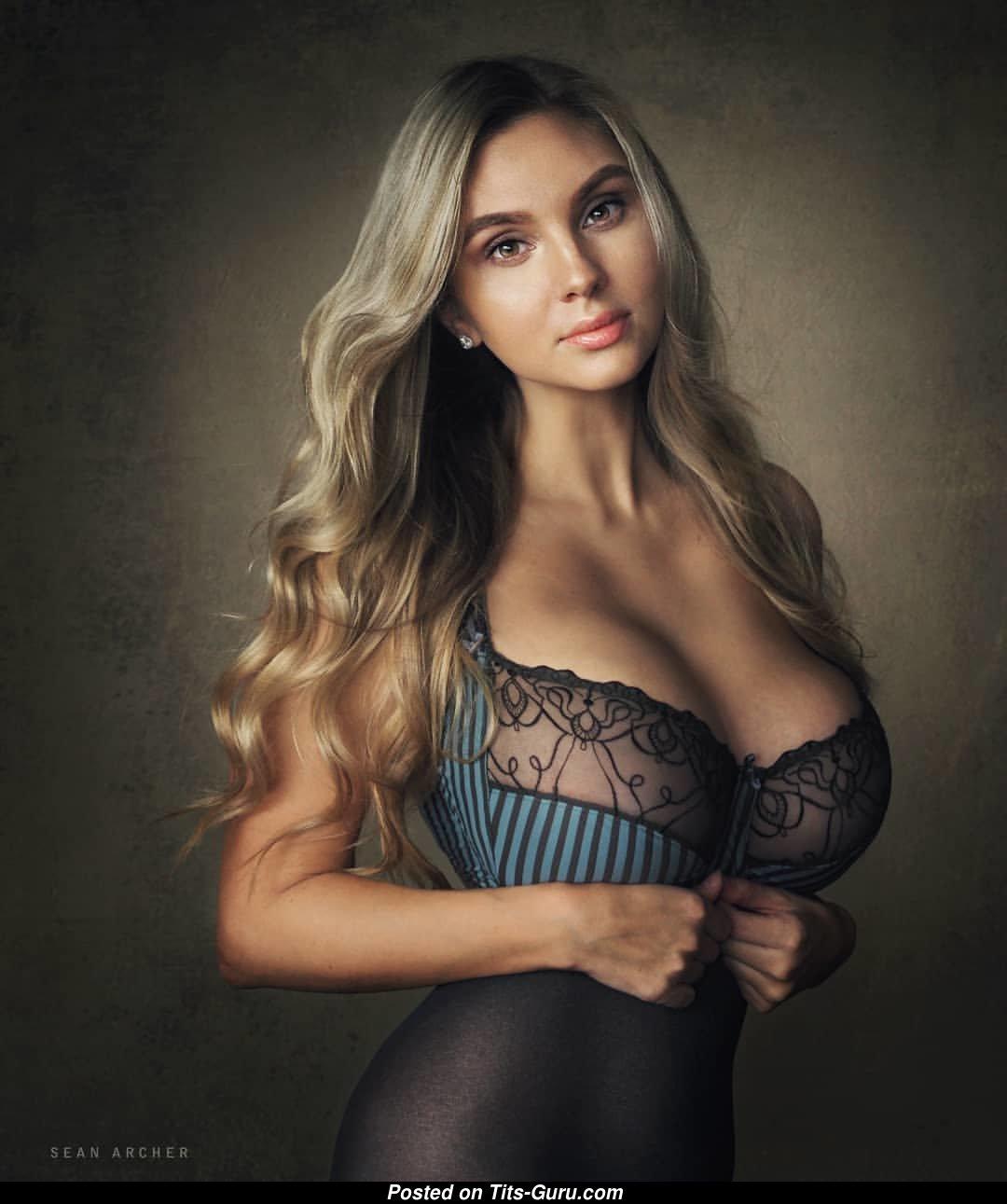 Анастасия горбунова голая работа моделью в самаре для парней