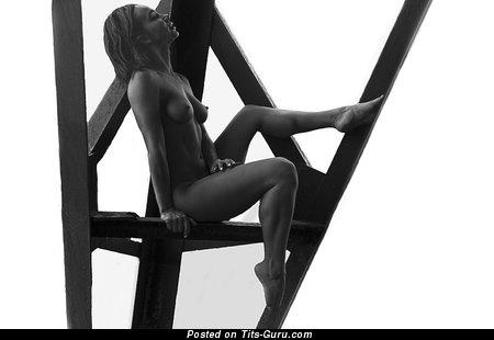 Image. Olesya Levina - sexy naked awesome lady picture
