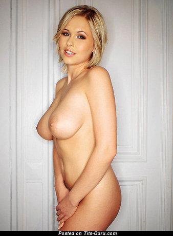 Image. Iga Wyrwal - nude amazing female image