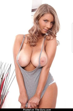 Sexy topless blonde with medium breast picture