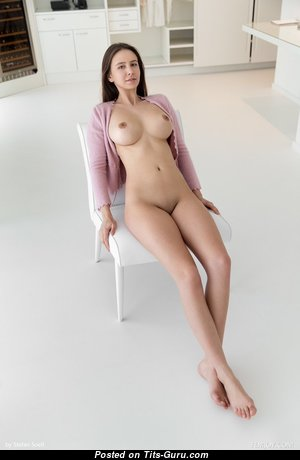 Elegant Naked Babe with Inverted Nipples (Hd Xxx Pix)
