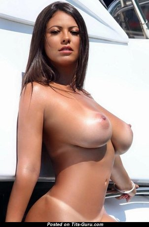 Fabiana Britto - Hot Naked Brunette (Xxx Pic)