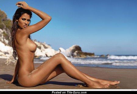 Francesca Lodo - Elegant Italian Bimbo with Elegant Naked Dd Size Titty on the Beach (Hd Sex Pix)