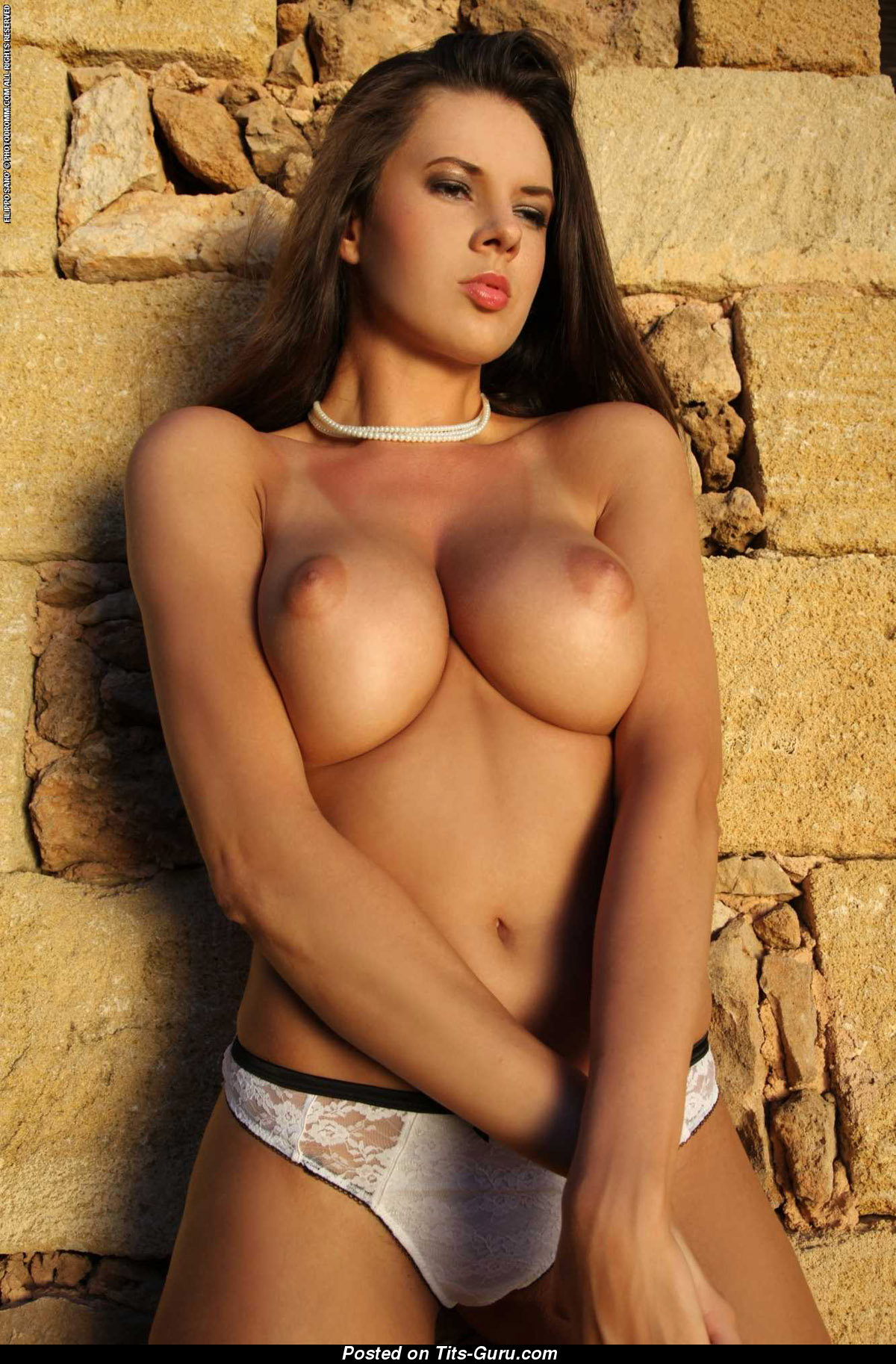 Winona - Naked Hot Lady With Big Tittys Photo  13042015 -8464