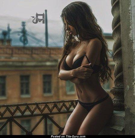 Изображение. Картинка горячей обнажённой леди