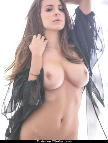 Alluring Babe with Wonderful Nude Natural Dd Size Breasts (Hd Sex Foto)