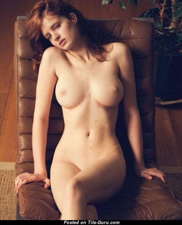 Magnificent Glamour Nude Babe (Private Sex Photoshoot)