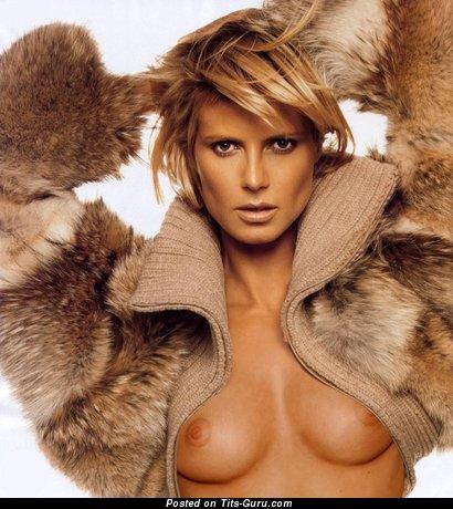 Nude beautiful female with medium tits photo