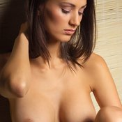 Gorgeous Babe with Gorgeous Open Natural Med Boobie (Hd Sexual Picture)