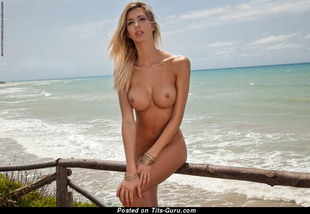 Naked awesome female with medium fake tittes pic