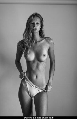 Mariina Keskitalo - Superb Blonde with Superb Exposed Natural Chest (Xxx Foto)