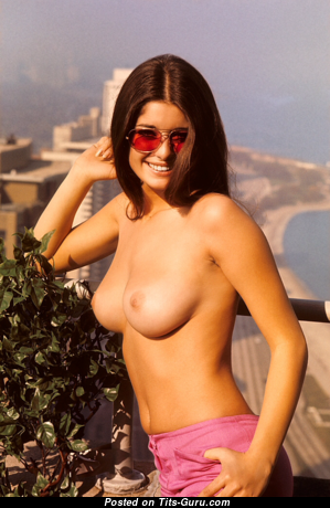 Jennifer Liano - Beautiful American Playboy Red Hair with Beautiful Open Natural Breasts (Vintage Porn Pic)