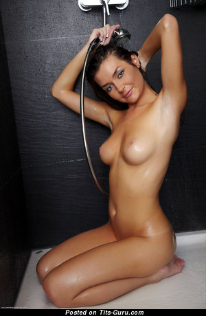 Cute Chick with Cute Nude Real C Size Chest (Hd Xxx Foto)
